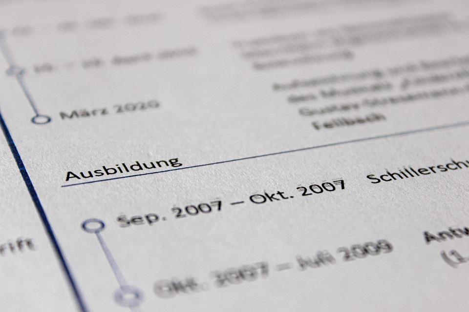 Comment rédiger un CV en 2021?