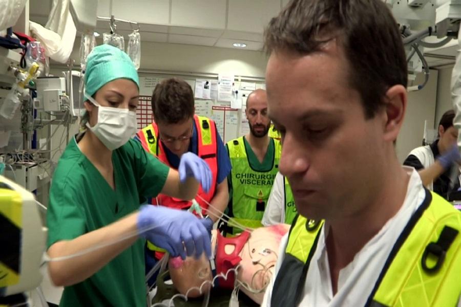 Comment suivre une formation pour gérer des situations critiques médicales ?